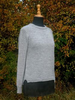 Top-down-sweater. Raglan, England