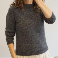 WOM Basic Sweater