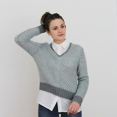 Gepard Spring V-neck sweater